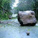 boulder_in_road_obstacle